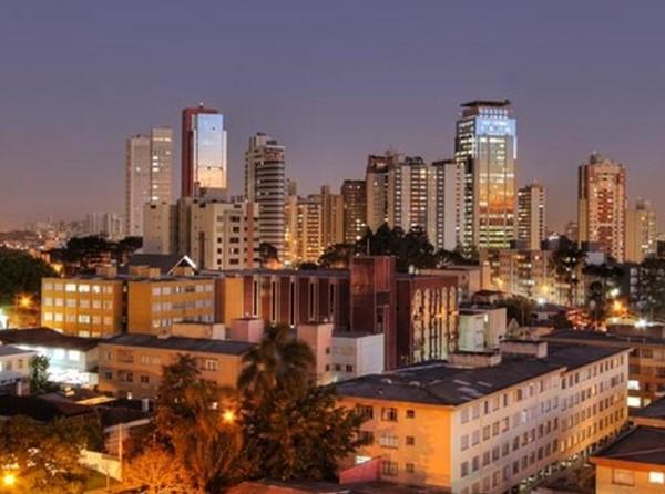 Hotéis no Centro Cívico