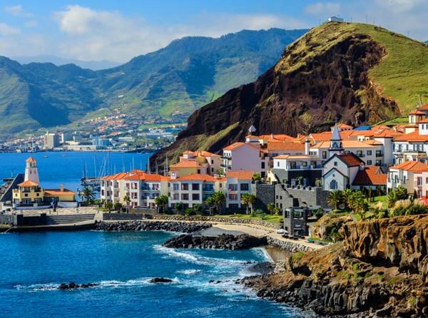 Hotéis na Ilha da Madeira