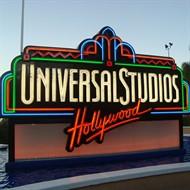 Ingresso 1 Dia - ADULTO COM PREÇO DE CRIANÇA - Universal Studios Hollywood Califórnia - Contempla Presentes Exclusivos (Enviados para sua Casa) - ADULTO (10 anos ou +) - Válido para usar na Data