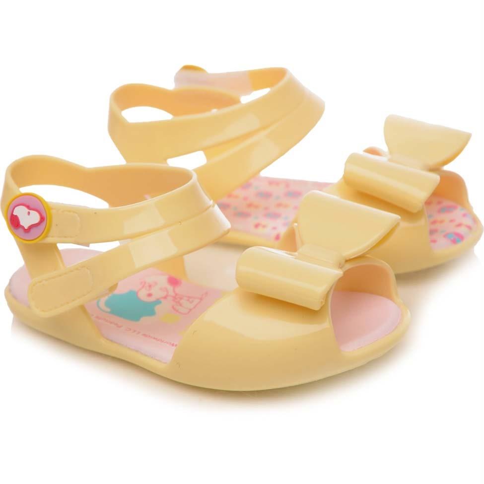 53df557116 Sandália Infantil Pimpolho Colorê Peanuts Amarelo Creme - comprar ...