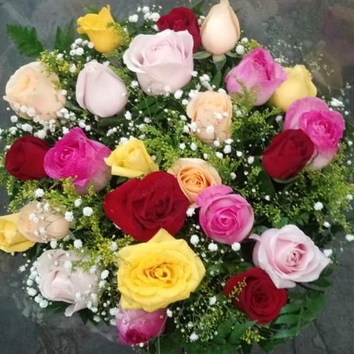 PROMOÇÃO DA SEMANA - Bouquet 24 rosas colorido