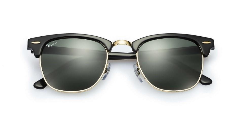 c2099bb4150d0 Óculos de Sol Ray Ban Clubmaster Preto Dourado